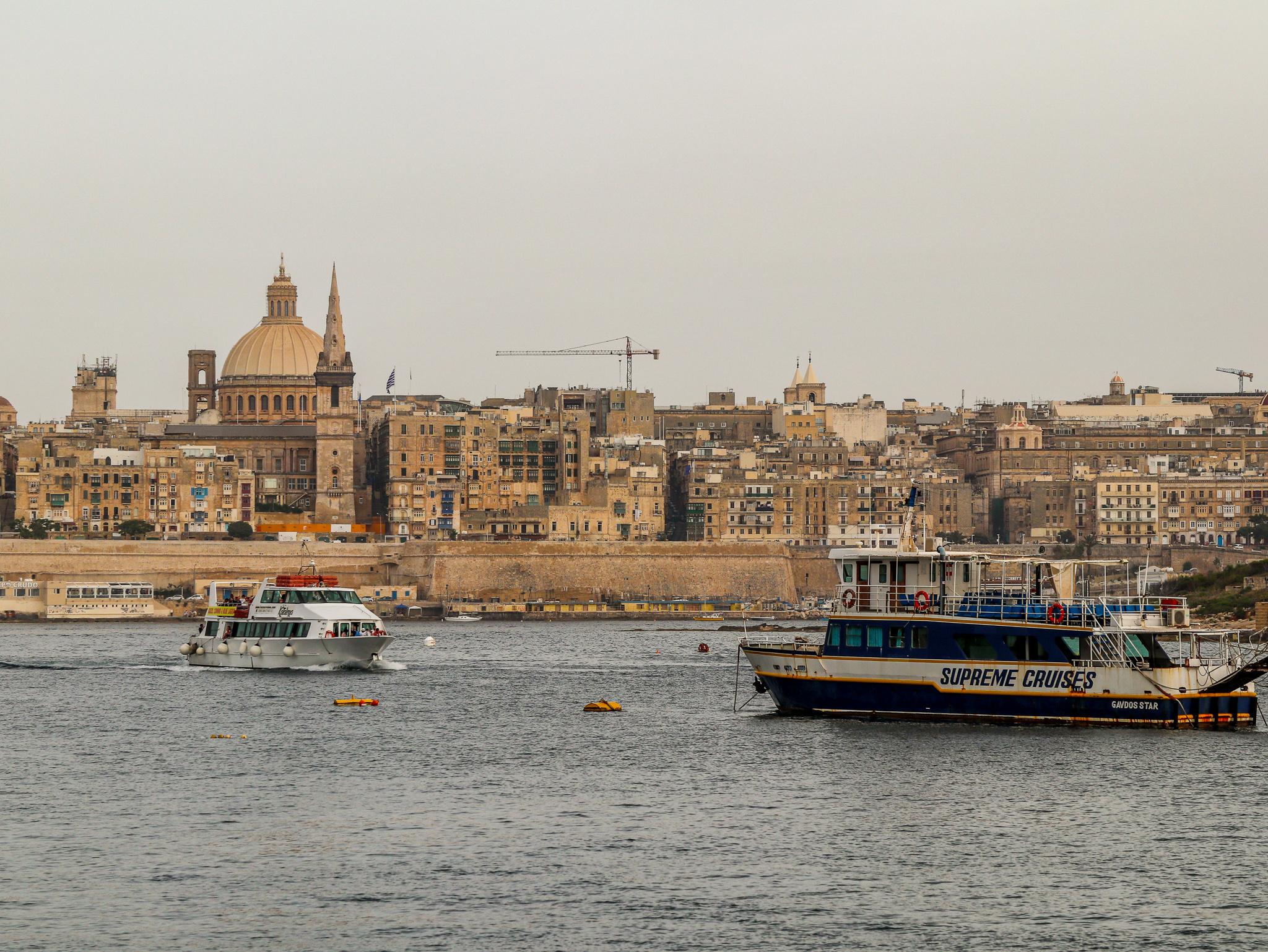 Vista a partir de Sliema e Ferry