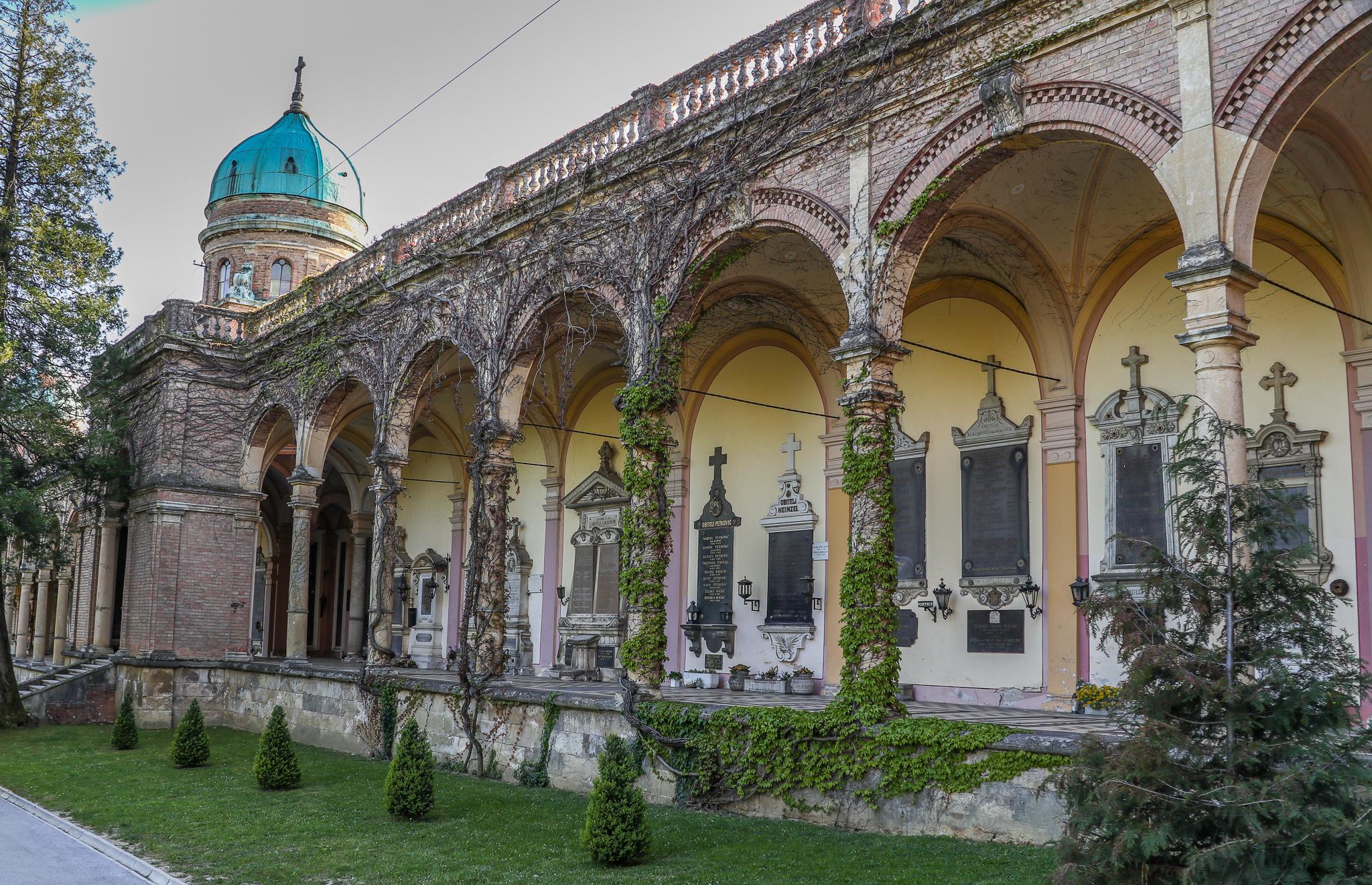 Cemitério de Mirogoj Zagreb