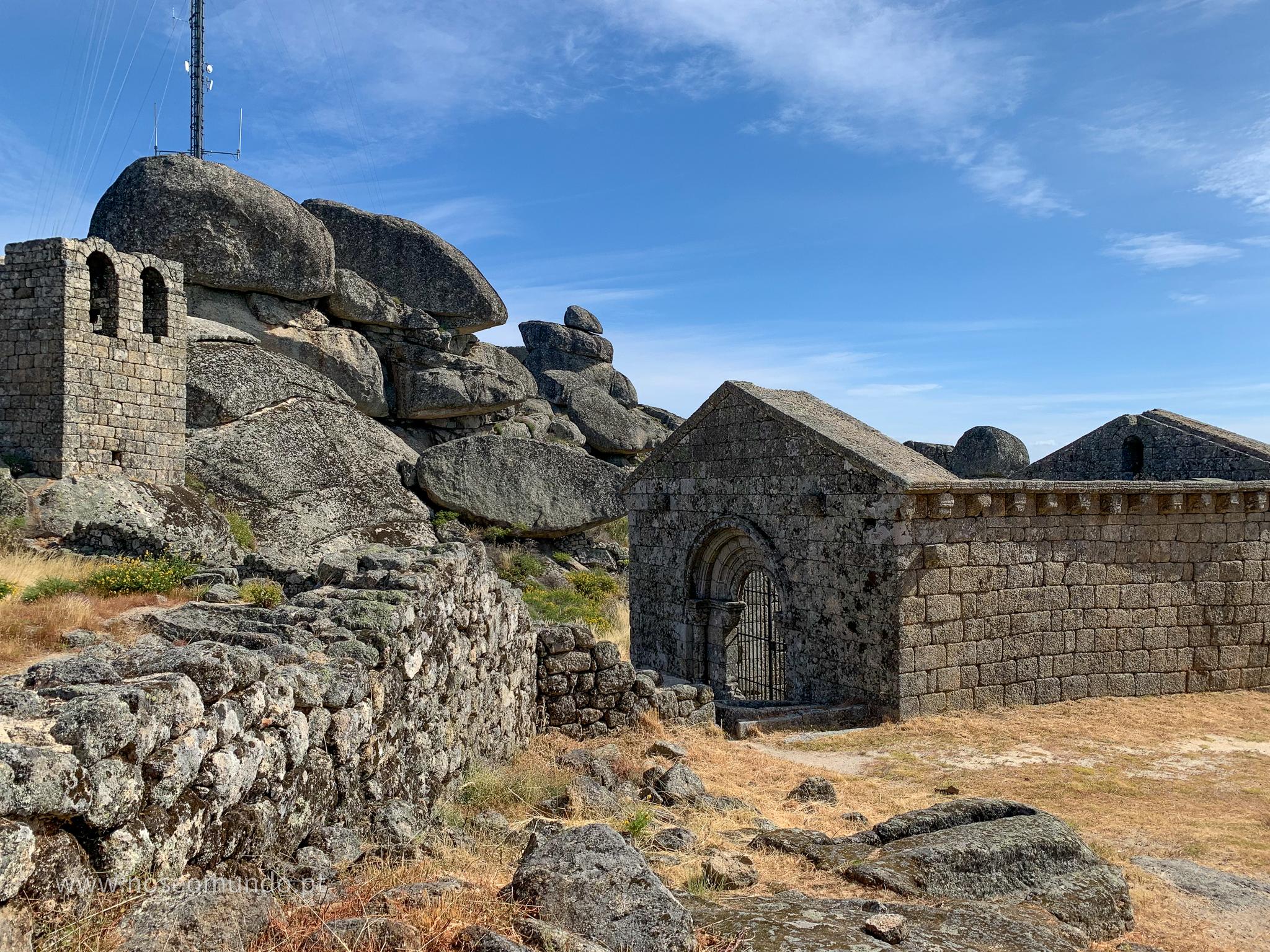 capela-sao-miguel-monsanto